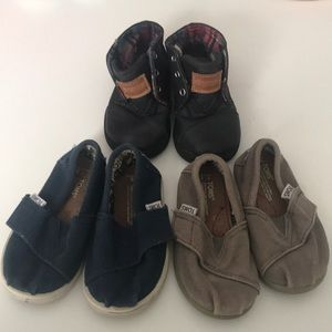 Lot of Toms toddler shoes 3 pairs toddler size 5